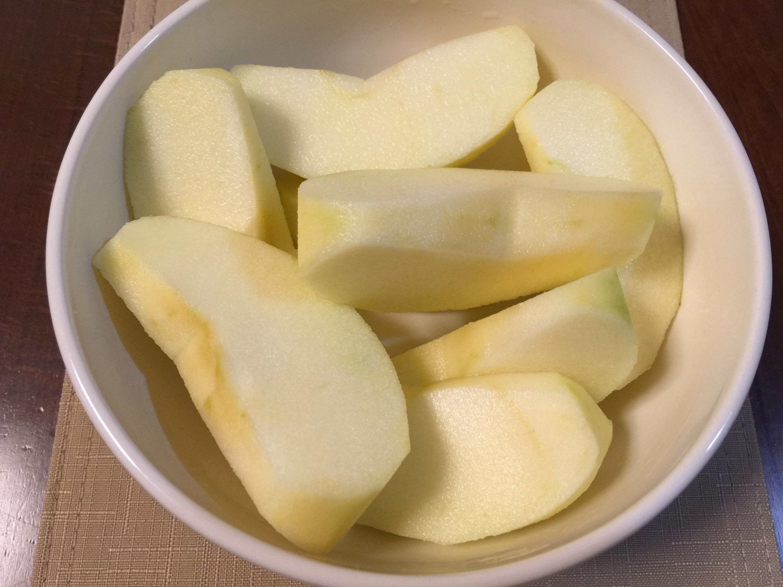 アークスからの株主優待 青森県産のりんご3kg